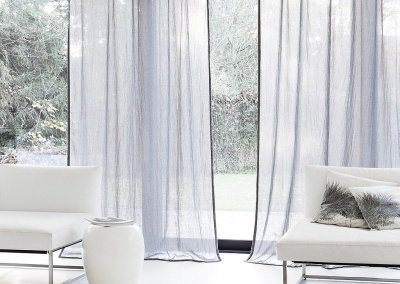 Sheer Curtain Quiver